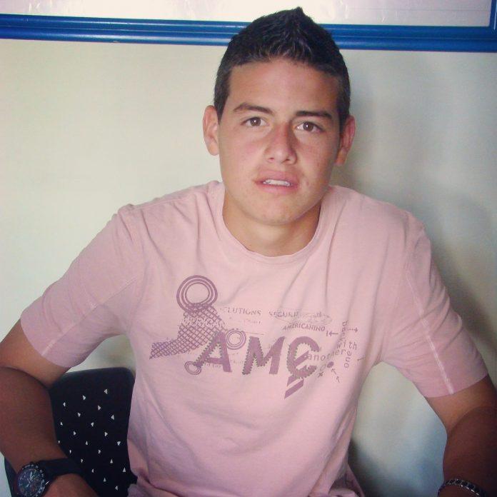 Andrés Esteban Marín - James Rodríguez